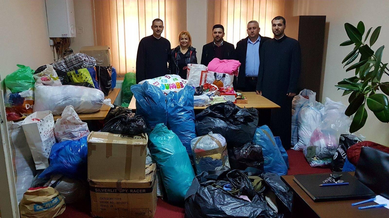 COMMUNIO sprijină campania de strângere de haine, jucării, și alimente pentru unii copii din Glodeni