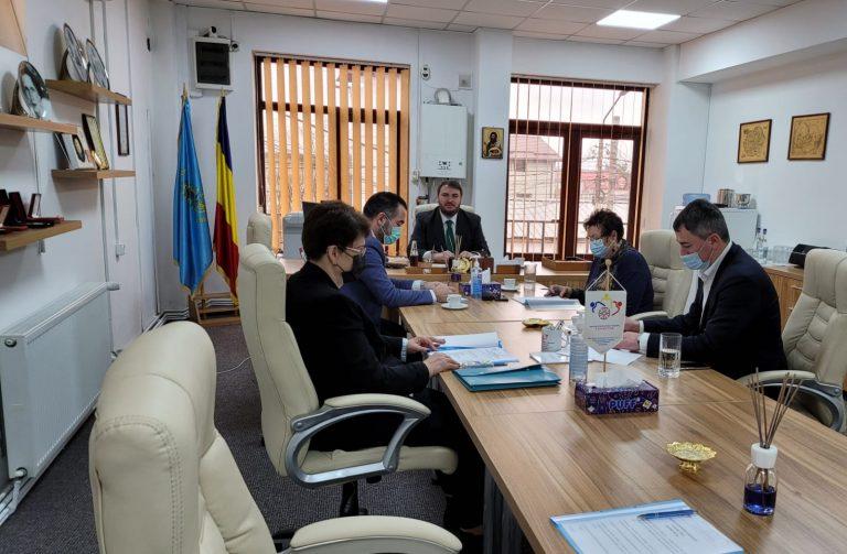 BILANȚ: Asociația Centrul Socio-Cultural COMMUNIO din Târgoviște a ajutat dâmbovițenii cu peste 200.000 lei